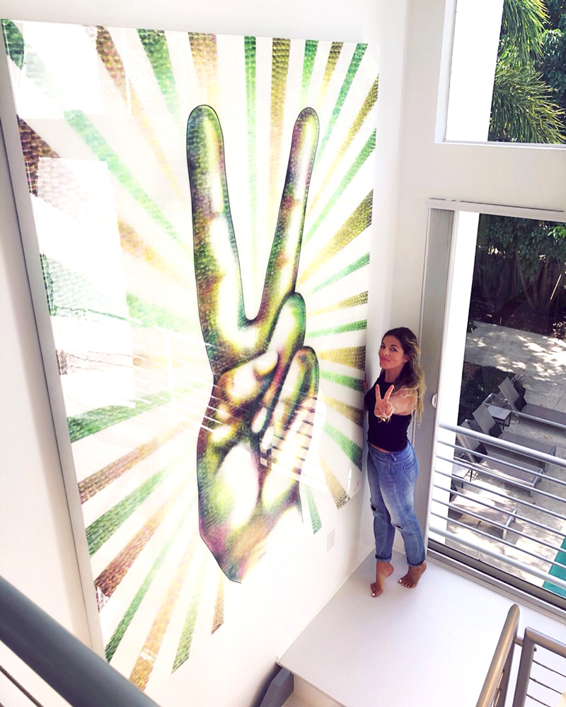 Peace Sign by Lipstick Lex